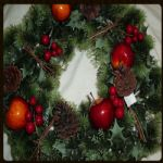 "APPLE/CONE WREATH 18""   597078"